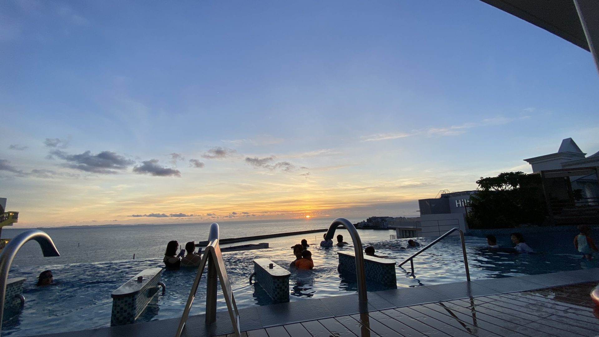 【GoToトラベル沖縄旅行】まるで天国!レクー沖縄北谷スパ&リゾート宿泊レポート。