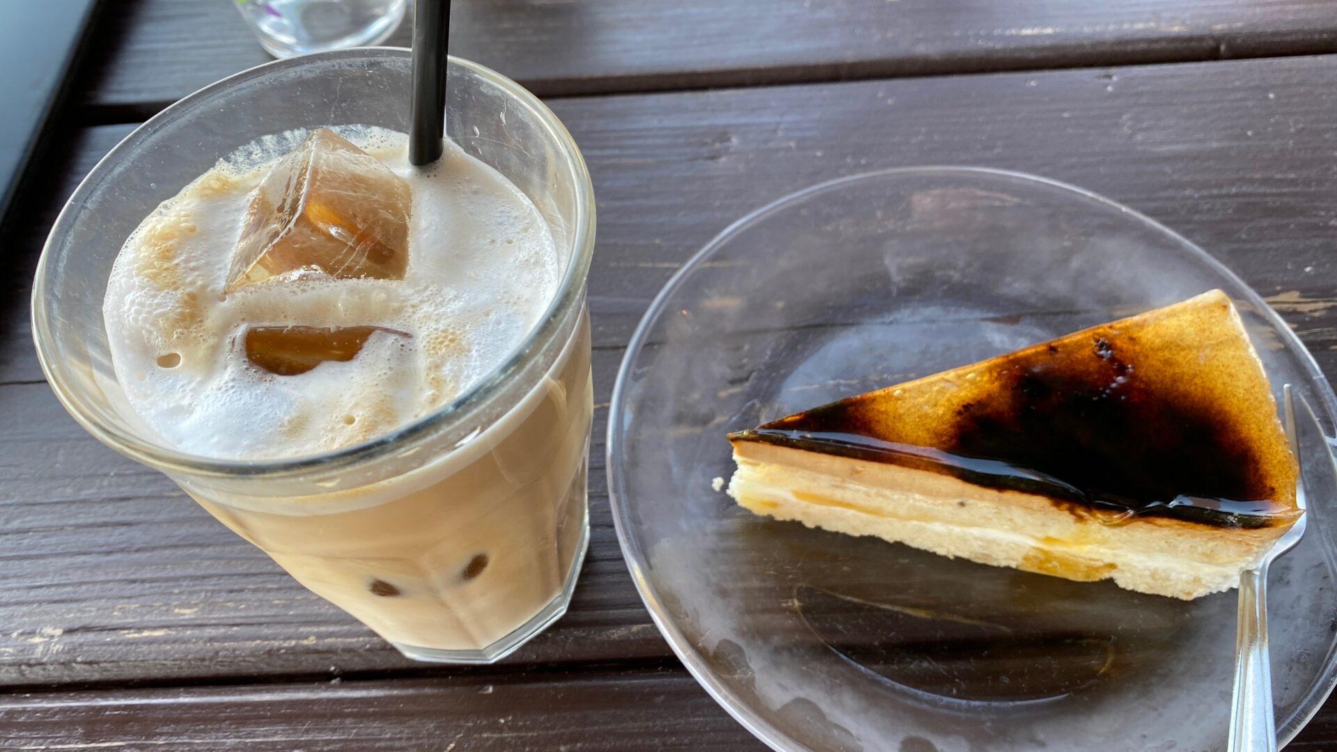 カフェくるくま デザート ランチ 眺め 沖縄